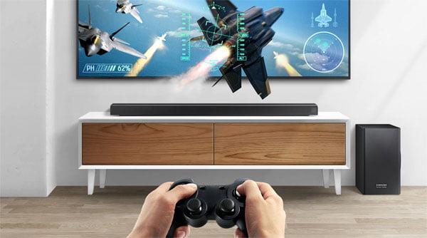 Samsung HW-Q70R și HW-Q60R. Noile soundbar-uri optimizate pentru televizoarele QLED
