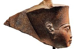 Egiptul cere Interpolului să găsească capul lui Tutankhamon