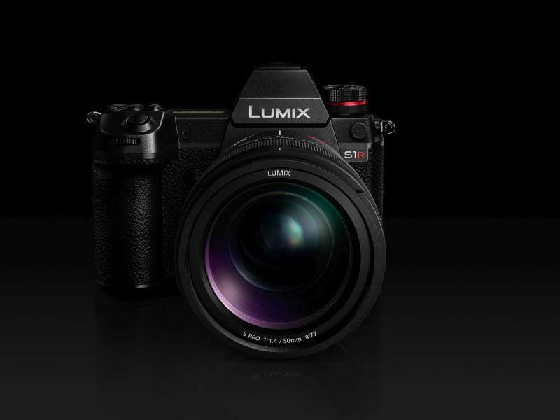 Panasonic LUMIX DC-S1R. Cea mai bună cameră mirorless full-frame