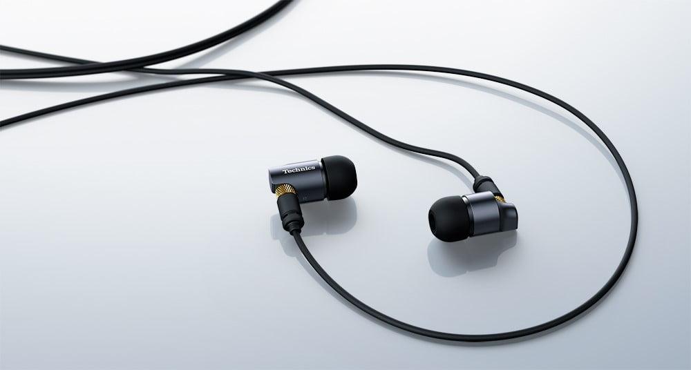 Panasonic prezintă căștile intra-auriculare Technics EAH-TZ700