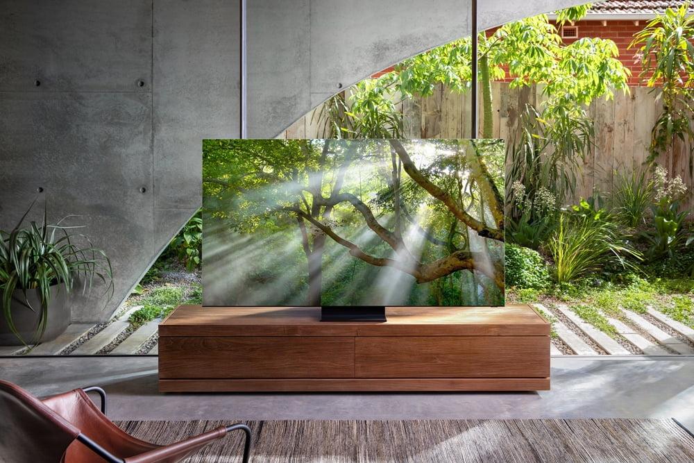 Samsung 8K QLED TV debutează la CES 2020. Televizorul fără margini