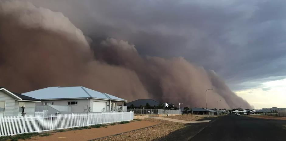 Australia, afectată de uriașe furtuni de praf